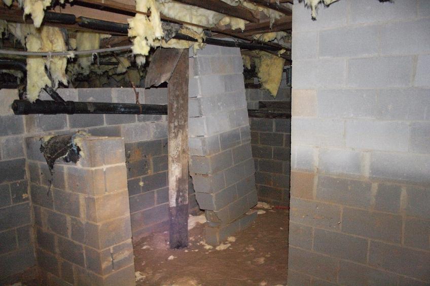 Foundation column moving